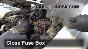 blown fuse check 1992 1997 cadillac seville 1992 cadillac seville 6 replace cover secure the cover and test component