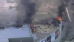 استراليا - مقتل خمسة مواطنين اثر سقوط طائرة على مركز تجاري