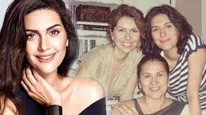 Zeynep Korel'in, annesi Hülya Darcan ve kardeşi Bergüzar Korel'e açtığı  dava düştü - Magazin Haberleri