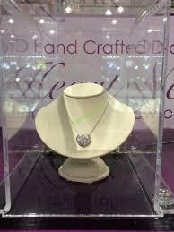 costco 1008649 14kt white gold diamond cut heart pendant