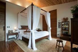 Tropical Bedroom by Eduarda Correa Arquitetura & Interiores
