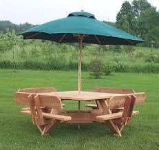nice picnic table with umbrella hole 56 western red cedar