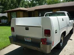 Purchase used CHEVY 3500 SERVICE UTILITY BED READING AREOTECH BODY ...