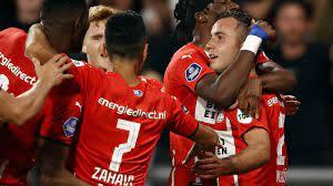 Götze und Zahavi brillieren: PSV Eindhoven schießt Galatasaray in  Champions-League-Quali ab