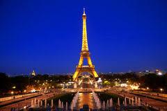 Картинки по запросу Tour Eiffel de nuit