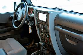 jeep wrangler 4 door interior. itu0027s safe to say chrysler didnu0027t spend an inordinate amount of development dollars trying pamper owners but jeep engineers made sure the fourdoor wrangler 4 door interior