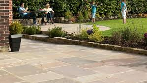 how to lay sandstone paving slabs