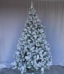 Amazon.com: Perfect Holiday Christmas Tree, 5-Feet, Flocked Snow: Home &  Kitchen