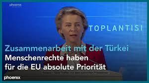 Treffen mit Erdogan: Pressekonferenz von Ursula von der Leyen und Charles  Michel - YouTube