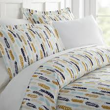 home collection premium ultra soft feathers pattern 3 piece duvet cover set 0