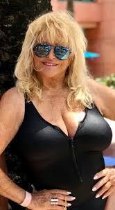"Linda got to to enjoy a much needed mini... - Linda Vaughn ""Miss Hurst"" |  Facebook"