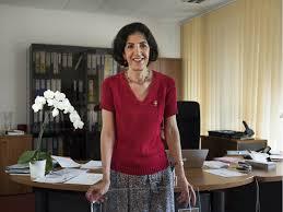Fabiola Gianotti: un'italiana alla guida del CERN - Magazine ...