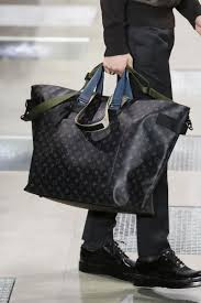 louis vuitton bags 2017 black. louis vuitton menswear fall winter 2016/2017 paris bags 2017 black
