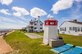 West Dennis Light Oceanfront Accommodations In West Dennis The Lighthouse Inn