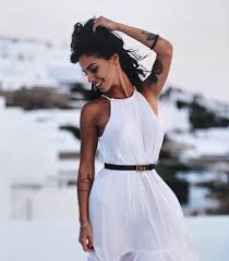 Giulia De Lellis Lookbook Nel 2019 Vestiti Tatuaggi E Capelli Neri