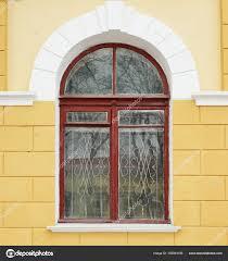 Altbau Mit Fenster Stockfoto Belchonock 155044196