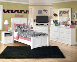 bedroom furniture for teenage girls. Special Furniture For Teenage Bedrooms With Energetic Appearance : Minimalist Interior Decor Applied At Contemporary Girl Bedroom Girls