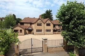 parkside gardens wimbledon sw19 5et