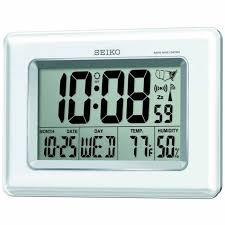 detailed image of the seiko qhr020wlh radio controlled lcd clock