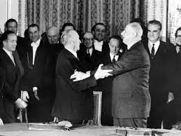 Muss aber doch ca 8 tage warten. Deutsch Franzosischer Freundschaftsvertrag Konrad Adenauer