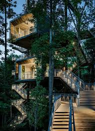 elementofplayinthisinnovativetreehouse modern tree house plans66 modern
