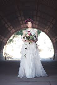 art nouveau wedding dress. gorgeously moody bridal style inspired by art nouveau wedding dress