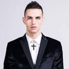 Achille Lauro I Significati Dei Tatuaggi Sul Volto Del Rapper