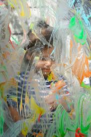 plexiglass painting with yogurt paint for toddlers meri cherry blog i can t