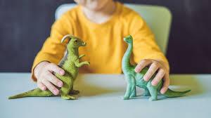 Filmy o dinozaurach dla dzieci - które z nich warto obejrzeć całą rodziną?