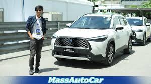 สัมผัสตัวจริง TOYOTA COROLLA CROSS 2020 ครั้งแรกในไทย #COROLLACROSS  #MassAutoCar - YouTube