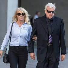 Gold Coast woman Theresa Dalton jailed for hiring hitman to murder her  husband - ABC News