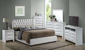 tufted bed. Glory Furniture G1570 Full Button-Tufted Bed In White G1570C-FB-UP Media Tufted