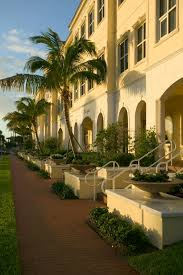 vero beach fl chamber of commerce n river county vero vero beach and n river county have a friendly unpretentious atmosphere centrally located 70 miles south of the kennedy space center