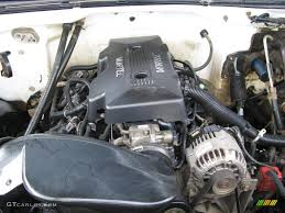 2000 Chevrolet Silverado 2500 Regular Cab 4x4 6.0 Liter OHV 16 ...