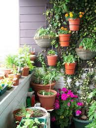 garden landscaping: Creative Ideas Of Small Balcony Garden By Applying  Colorful And Beuatiful Plants Also