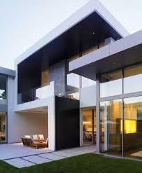 modern japanese house design by Takao Shiotsuka