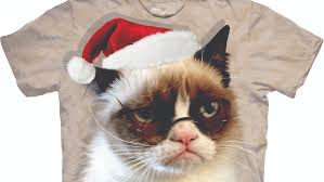 grumpy cat christmas hat. Delighful Grumpy Editoru0027s Pick Grumpy Cat Gets Adorably Holidayfied On This TShirt   StyleCaster On Christmas Hat