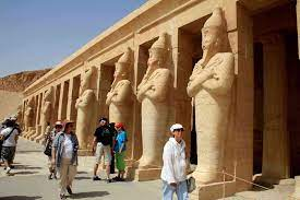 هذه الجنسيات فقط يحق لها دخول مصر للسياحة - الاقتصادي - الصفقة الأخيرة -  البيان
