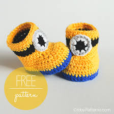 Crochet Baby Booties Pattern 3 6 Months Delectable Free Crochet Pattern Minion Inspired Baby Booties Croby Patterns