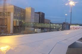 kef airport. jet bridge at the kef airport (dieselducy) tags: iceland icelandair jetbridge jetway kef