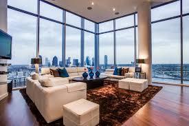 Urban Abodes: Posh Penthouse in Dallas