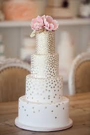 Modern Wedding Modern Wedding Cakes 2075561 Weddbook