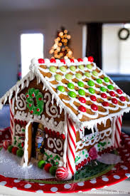 Premade Gingerbread Houses Best 20 Homemade Gingerbread House Ideas On Pinterest