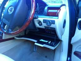 vwvortex com manually ejecting cd navigation disk location of fuse panel release cars driver position on the right