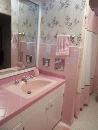 Vintage bathroom tile - 171 photos of readers\u0027 bathroom designs ...