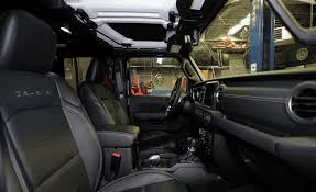 our 5 10 tester demonstrates how easy it is to enter and exit the driver s seat of the wrangler jl