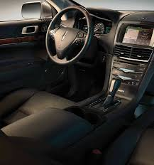 2018 lincoln town car interior. simple lincoln the 2018 lincoln mkt interior shown in charcoal black for lincoln town car