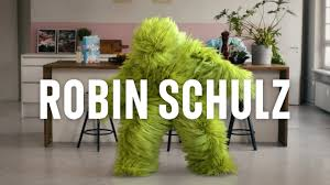 <b>Robin Schulz</b> | The official Website of the DJ and Producer 2020