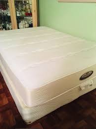 full size mattress box spring dresser Great condition its a firm