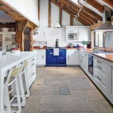 Practical kitchen layout | Pale grey country kitchen | Kitchen tour | PHOTO  GALLERY | Beautiful